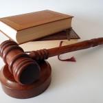 Adwokat i prawnik – czy mogą być od siebie zależni?